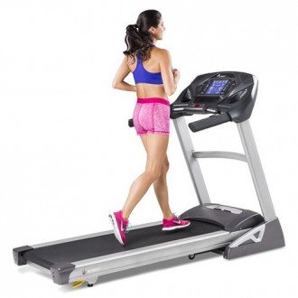 Tapis de course XT485 | Spirit Fitness